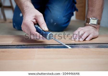 laying laminate, working at home, accuracy