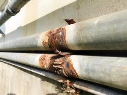 Leaking rust pipe