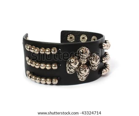 leather black bracelet with skulls