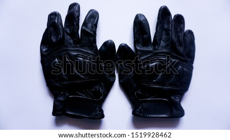 leather gloves, type 2, with white background.