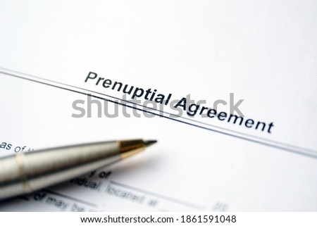 Legal document Prenuptial Agreement on paper near pen. Foto stock ©