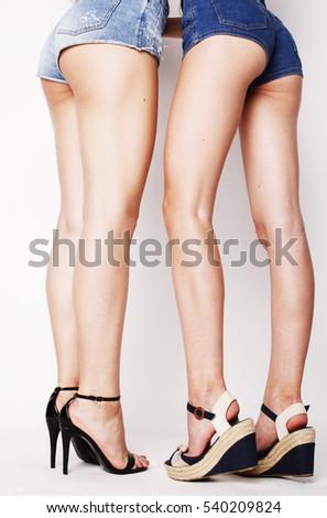 sexy white woman bum naked