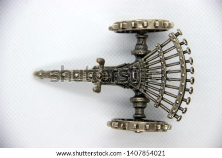 Leonardo Da Vinci's Inventions - Machine Gun