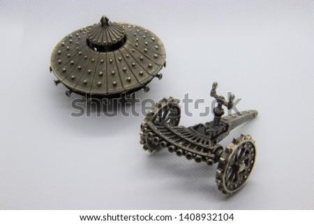 Leonardo Da Vinci's Inventions - The Armored Tank, the Machine Gun