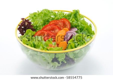 Lettuce, tomatoes, carrots and onios