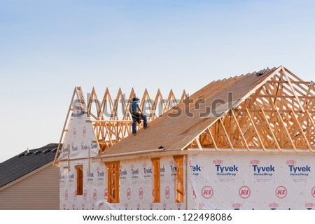 LEXINGTON, KY-DECEMBER 3: New house contraction in Lexington, Kentucky on December 3,2012.  Regarding   the U.S. Census Bureau 306  thousands new houses has been sold in United States  in  2011 year.