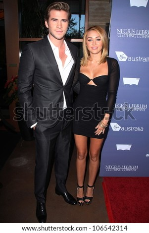 liam hemsworth at australian awards