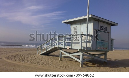 Lifeguard house on a sandy beach in California