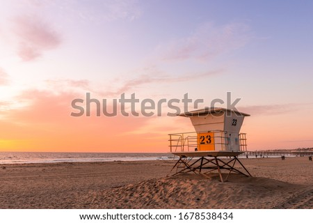 Lifeguard Tower on the beach at sunset Foto stock ©