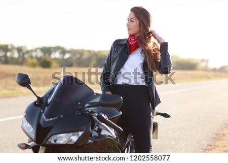 732318cae Shutterstock - PuzzlePix