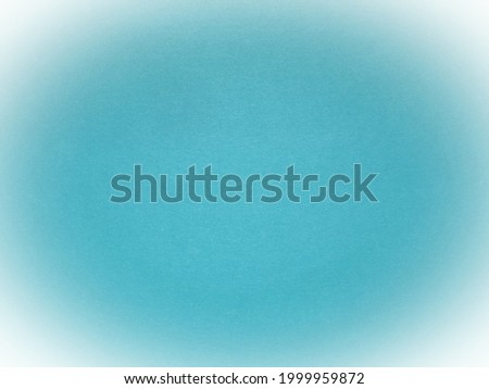 light blue background with white vignetting around the edges of the image. Stockfoto ©