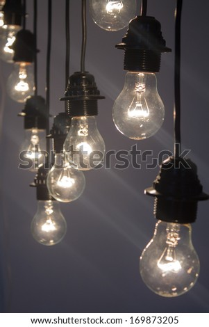 light bulbs hanging from the ceiling cold light