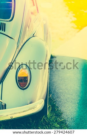 Light lamp vintage car style - vintage effect style pictures and sun flare light leak filter