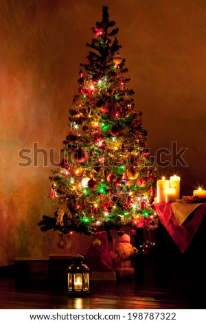 Lighted decorated Christmas tree in living room, New Year card #198787322
