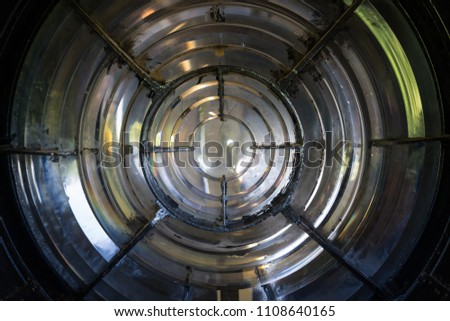 Lighthouse main light source - Fresnel Lens #1108640165