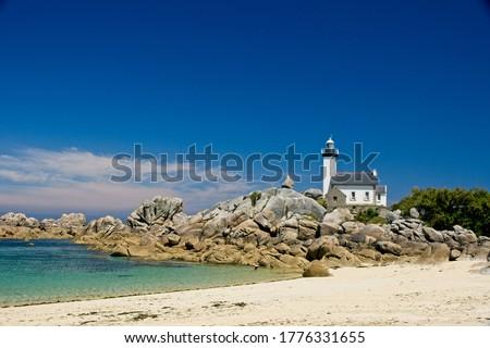 Lighthouse Phare de Pontusval in Bretagne France Stok fotoğraf ©