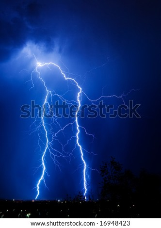 lightning in the city