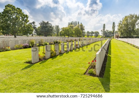 LIJSSENTHOEK MILITARY CEMETERY, West-Vlaanderen, Belgium. Lijssenthoek was the location for a number of casualty clearing stations during the First World War. Stock photo ©
