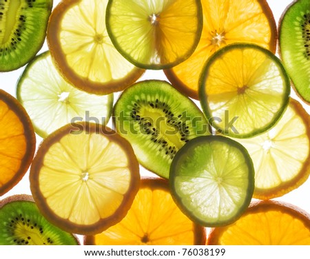 lime, lemon, kiwi and orange slices
