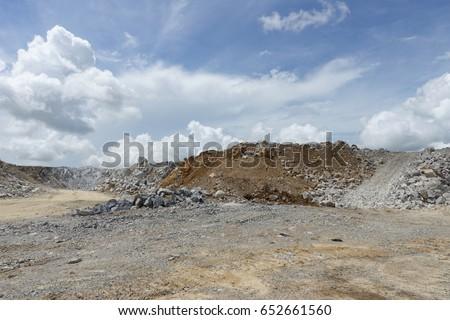 limestone mining, Quarry.