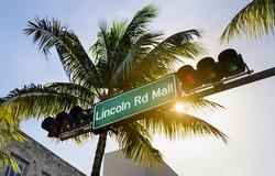 lincoln road in Miami