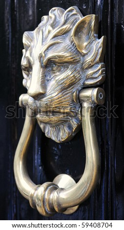 Lion's Head Antique Brass Door Knocker