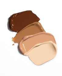 Liquid foundation smears, creamy texture