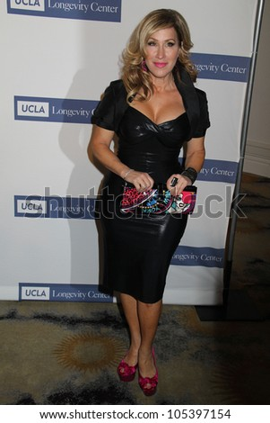 Lisa Ann Walter at the 2012 ICON Awards, Beverly Hills Hotel, Beverly Hills, CA 06-06-12