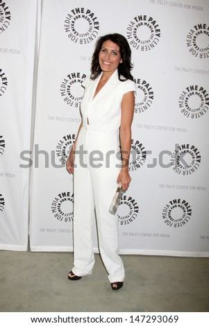Lisa Edelstein arriving at the \