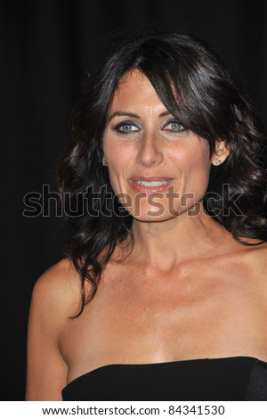 Lisa Edelstein at the 2009 Rodeo Drive Walk of Style Awards which honored Princess Grace of Monaco and French jeweler Cartier. October 22, 2009  Beverly Hills, CA Picture: Paul Smith / Featureflash