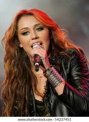 LISBON, PORTUGAL - MAY 29: Miley Cyrus performing on main stage on Rock in Rio - Lisboa May 29, 2010 in Lisbon, Portugal