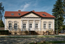 Listed neo-renaissance residential house in Michendorf, part of a former