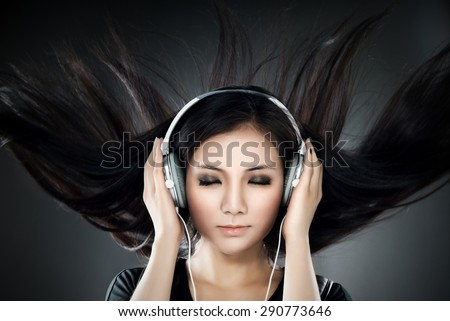 Listening to the music that makes hair fluttering.