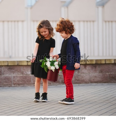 Girl dating a younger boy