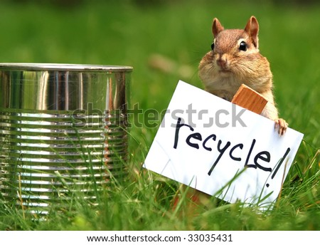 little chipmunk urging us to recycle