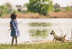 Little girl at the fishing