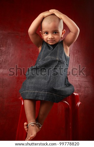 naked little girl showing cunny