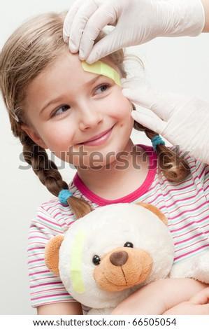 Little patient (no-name teddy bear)