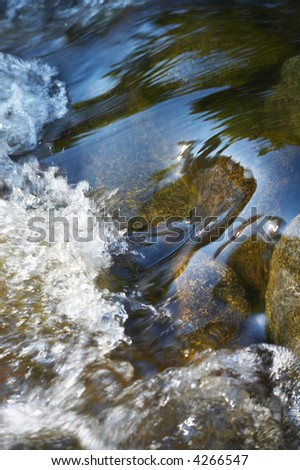 little waterbodies with many stones and rocks