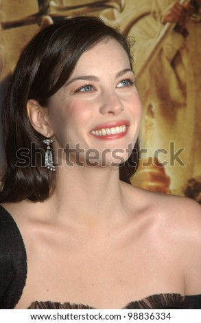 LIV TYLER at the USA premiere of her new movie The Lord of the Rings: The Return of the King, in Los Angeles. December 3, 2003  Paul Smith / Featureflash