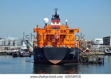 loading of chemical tanker in port