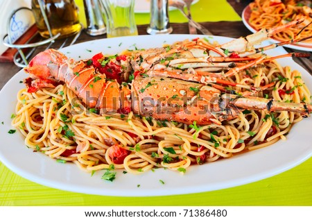 lobster spaghetti with tomato sauce