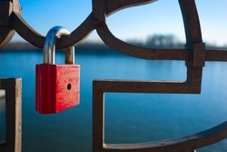 lock,lock iron,locked,river,outside,object,red lock iron,iron fence,detail