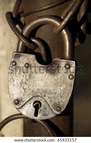 lock , vintage object