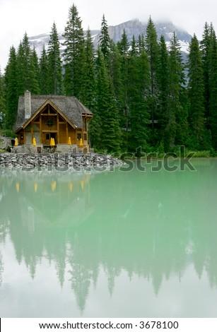Log cabin lodge on Emerald Lake, Banff National Park, Canada
