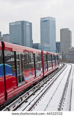 LONDON - DECEMBER 02: The snow fall during the coldest beginning of winter on record in the UK caused transport disruptions throughout the week. DECEMBER 02, 2010 in London.
