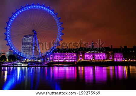 LONDON, ENGLAND - DECEMBER 21: London Eye on December 21st 2005 in London. The 135 meter landmark is a giant Ferris wheel situated on the banks of the River Thames in London, England.