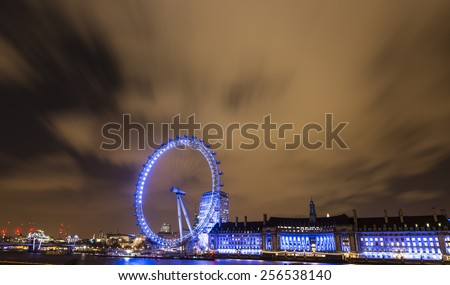 LONDON - JEN 16: View of London Eye on JENUARY 16, 2015 in London, England. London Eye is a famous tourist attraction at a height of 135 metres (443 ft) the biggest Ferris wheel in Europe.