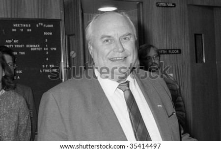 LONDON-NOVEMBER 30: Norman Willis, General Secretary of the Trades Union Congress, at a press conference on November 30, 1989 in London.
