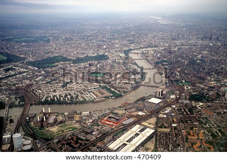 London seen from the air while flying along the Thames